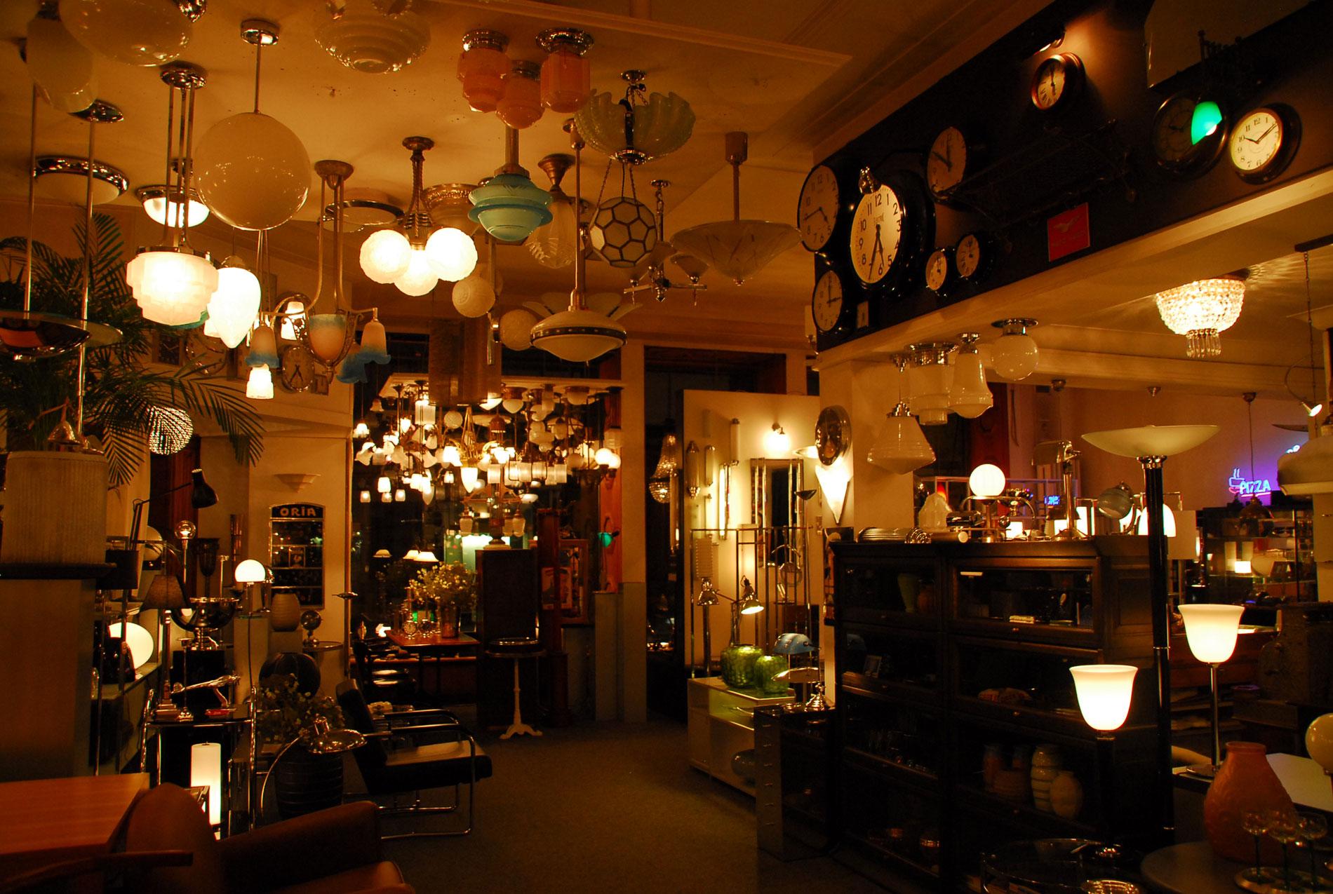 Hier Gibts Neue Alte Möbel Wohnen In Luzern Ron Orp